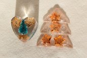Calamite Magneti artigianali natalizi in resina di vari colori e forme