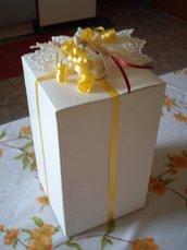 scatola porta bomboniera con sacchettino