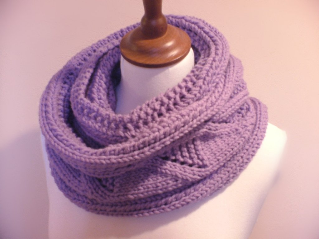 Chunky Handknit cowl-scarf-lavender-purple