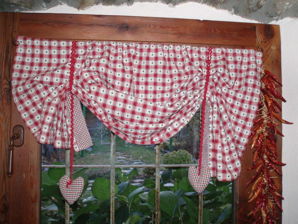 Doccia in muratura - Tende da cucina rustica ...