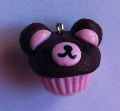 Ciondolo Cupcake a forma di Rilakkuma / Polymer Clay Rilakkuma Cupcake charm