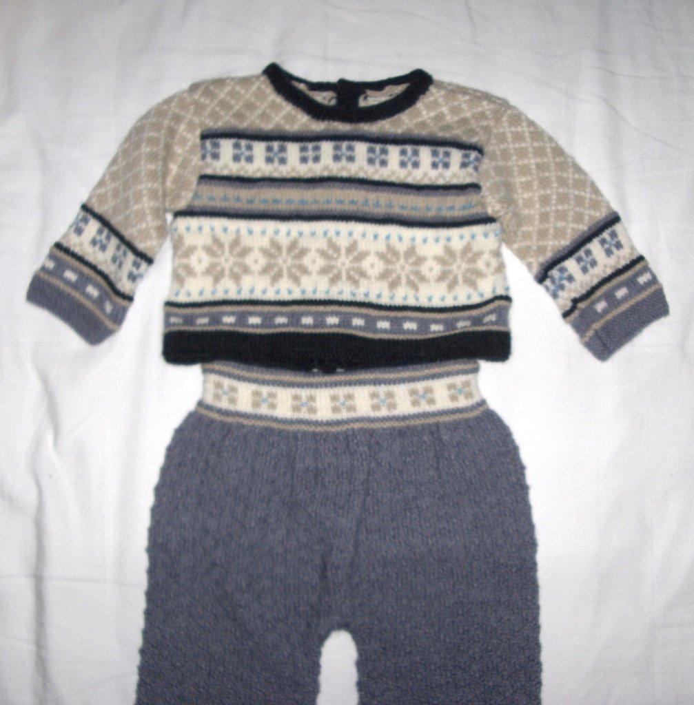 Completo bimbo bambino maglia pantaloni fatto a mano 6/9 mesi