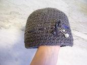 Cappello bambina in lana shabby chic