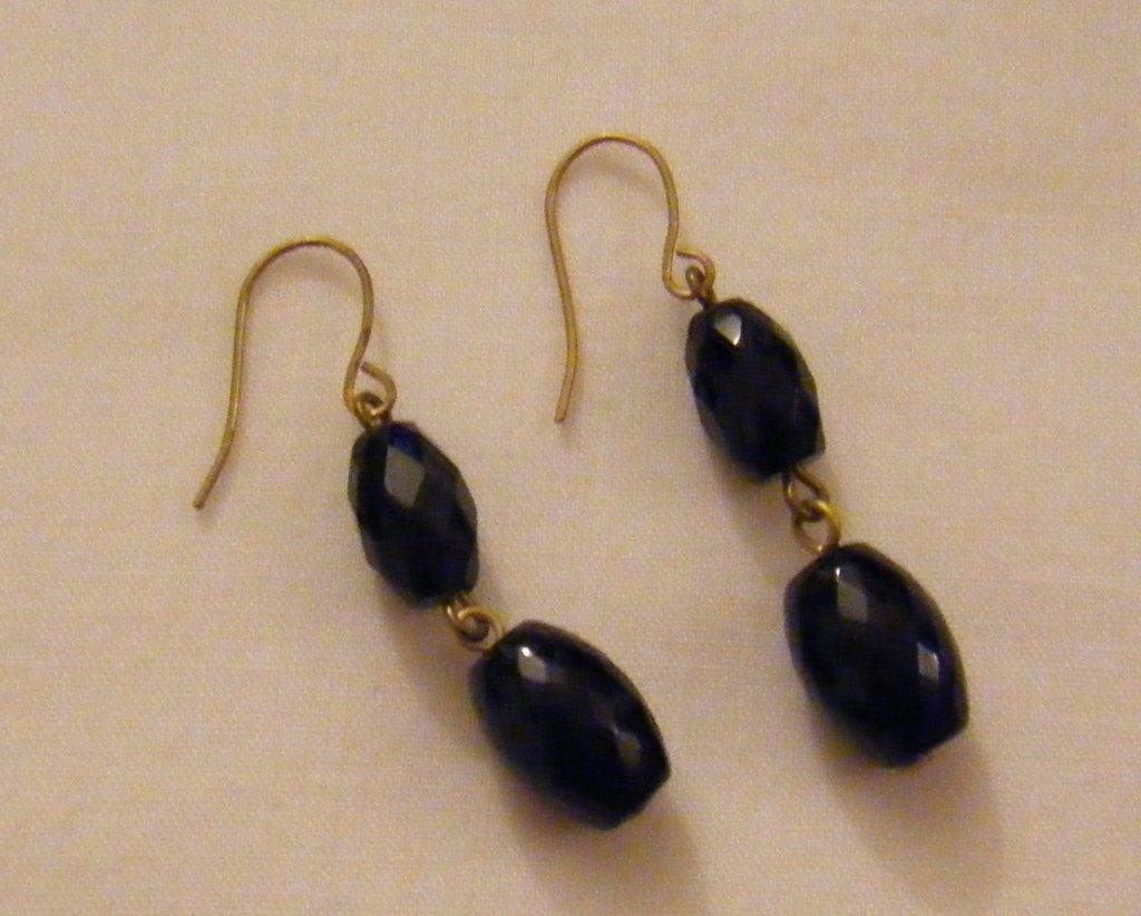 orecchini pendenti con pietre dure onice nero,fatti a mano