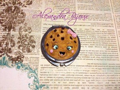 Specchietto da borsa con biscottino kawaii