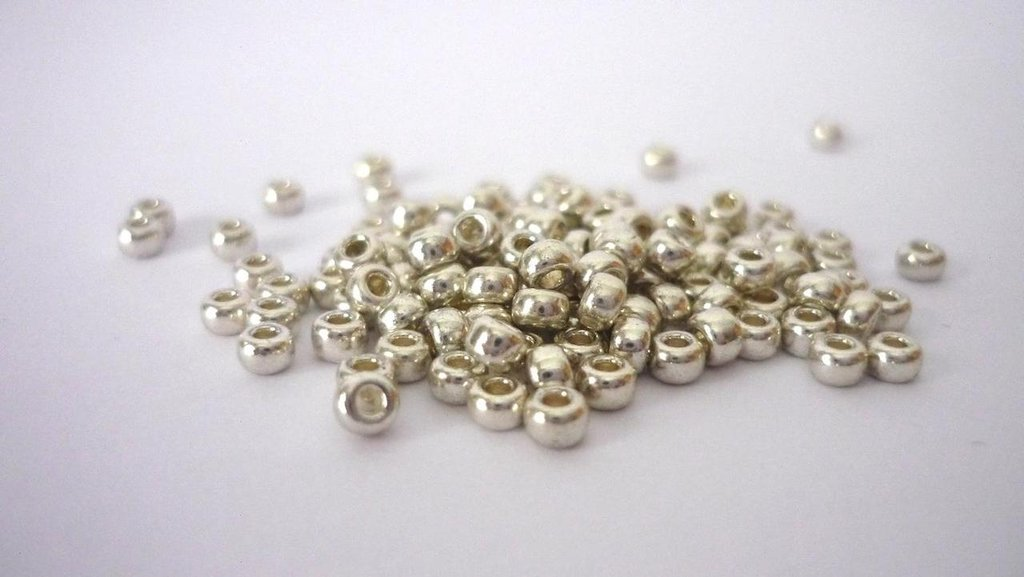 Miyuki Rocailles 8/0 Galvanized Silver  Confezione da 20 grammi