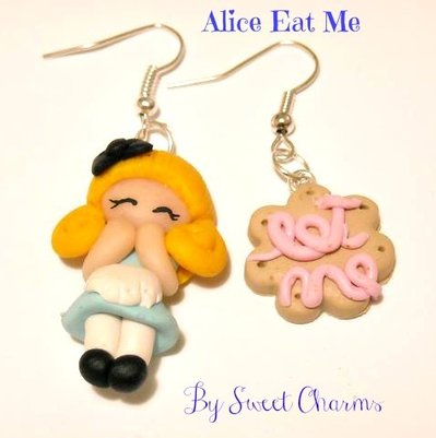Orecchini alice in wonderland con biscotto Eat Me