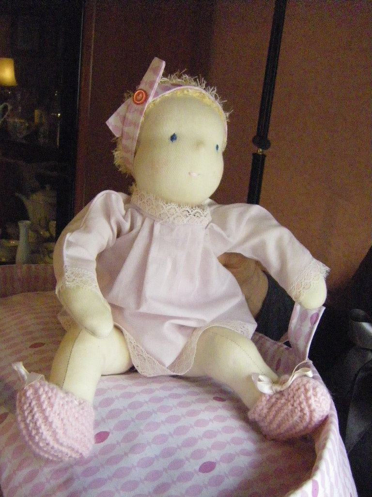 Bambola Waldorf neonato