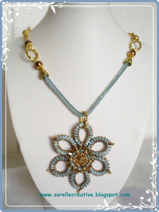 Ciondolo Hovirag perline verde natale regalo glam chic original