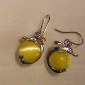 orecchini,delfino, con metallo colore argento e perle
