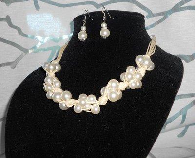 Collana Perle e Nodi