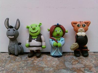 Ciondolo Ciuchino, Shrek, Fiona e Gatto con gli stivali fimo