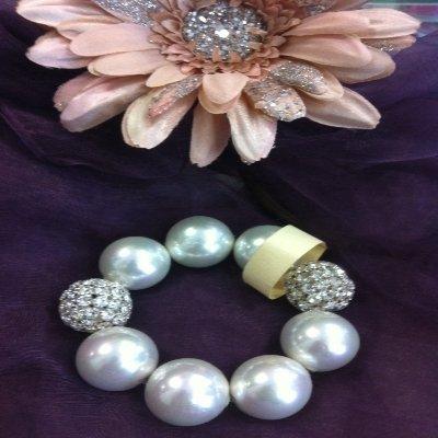 Bracciale perle e strass