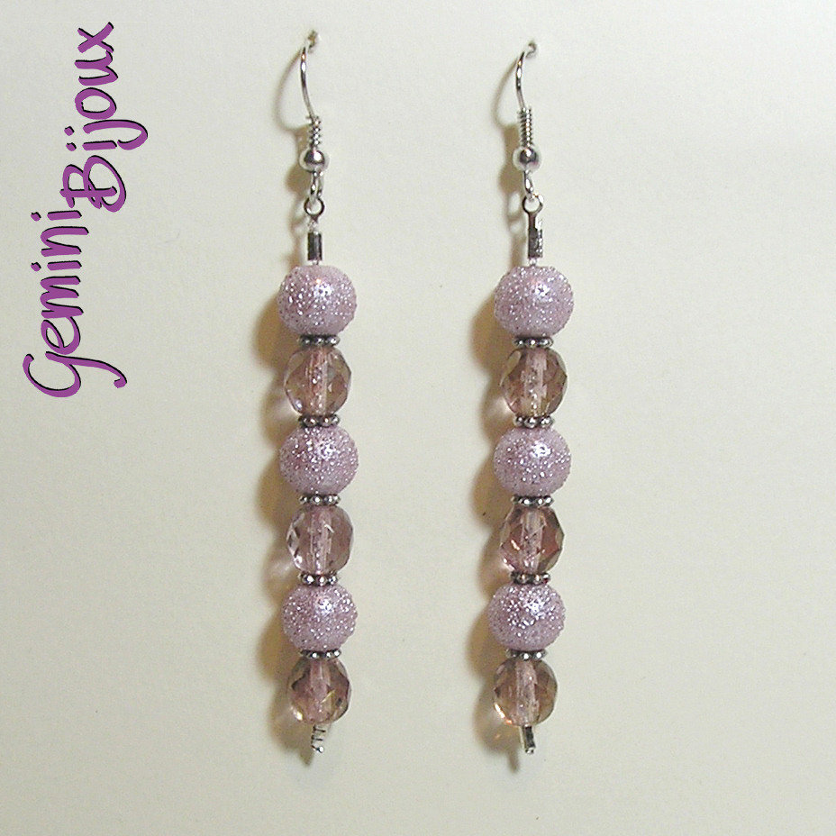 Orecchini lunghi perle rosa e sfaccettate rose