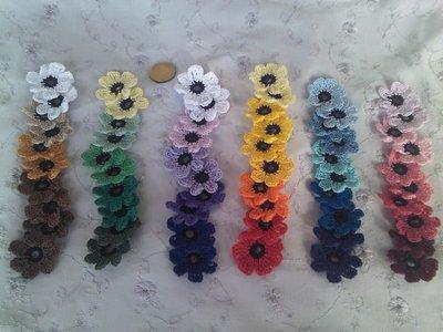 Fiorellini vari tipi ad uncinetto