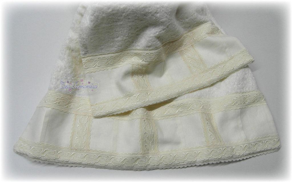Set asciugamani con pizzo