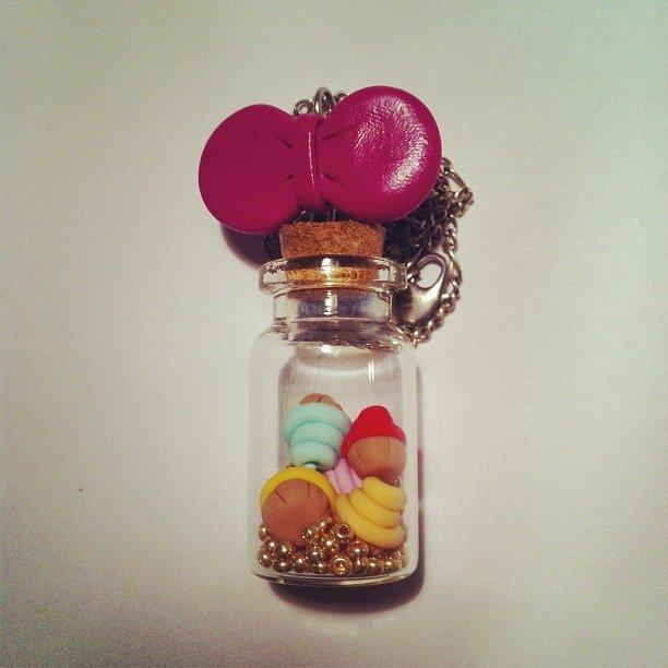 collana cupcakes imbottigliati
