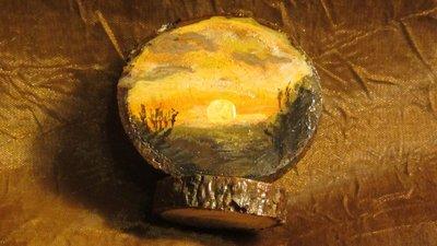 Medaglione in legno dipinti a mano -soprammobile