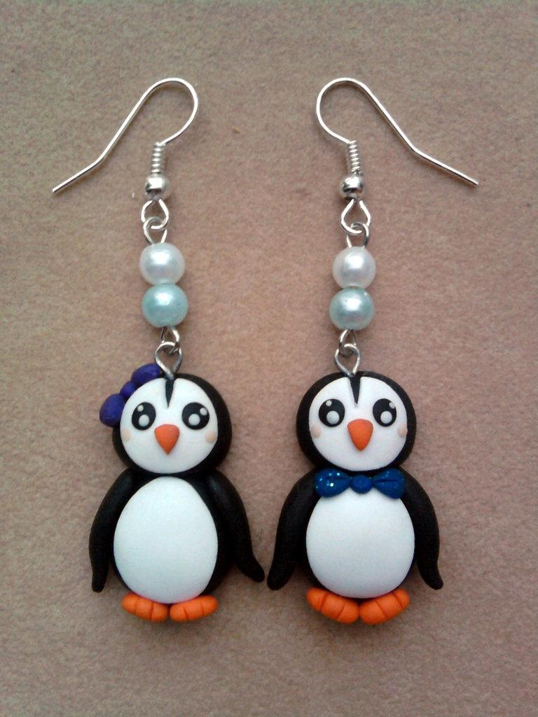 Orecchini con pinguina e pinguino fimo
