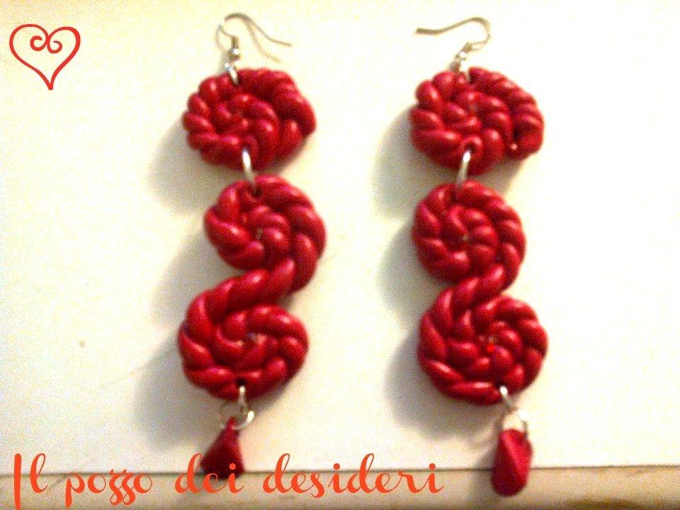 Orecchini ghirigori color rosso fimo strass e perline