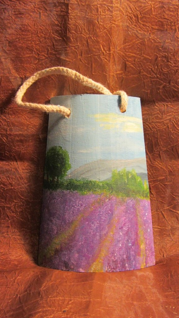 Tegola in legno dipinta a mano