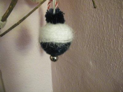Pallina di Natale in lana