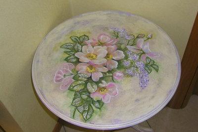 tavolino con fiori