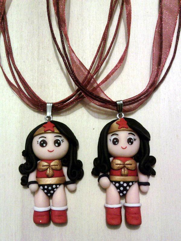 Collana con Wonder Woman fimo