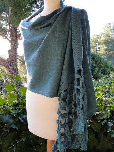 Elegante stola - sciarpa in lana merinos
