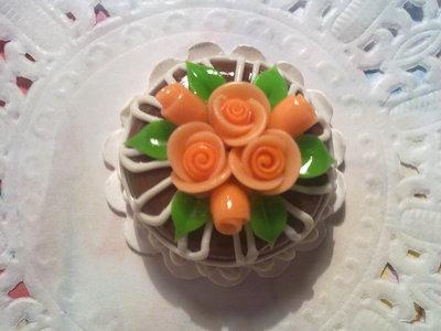Miniatura torta Q