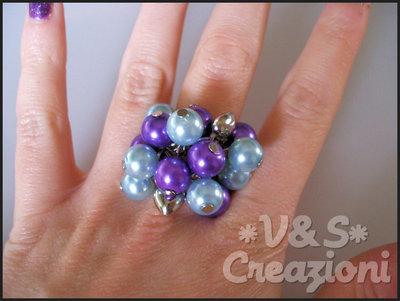 Anello perle viola-azzurre
