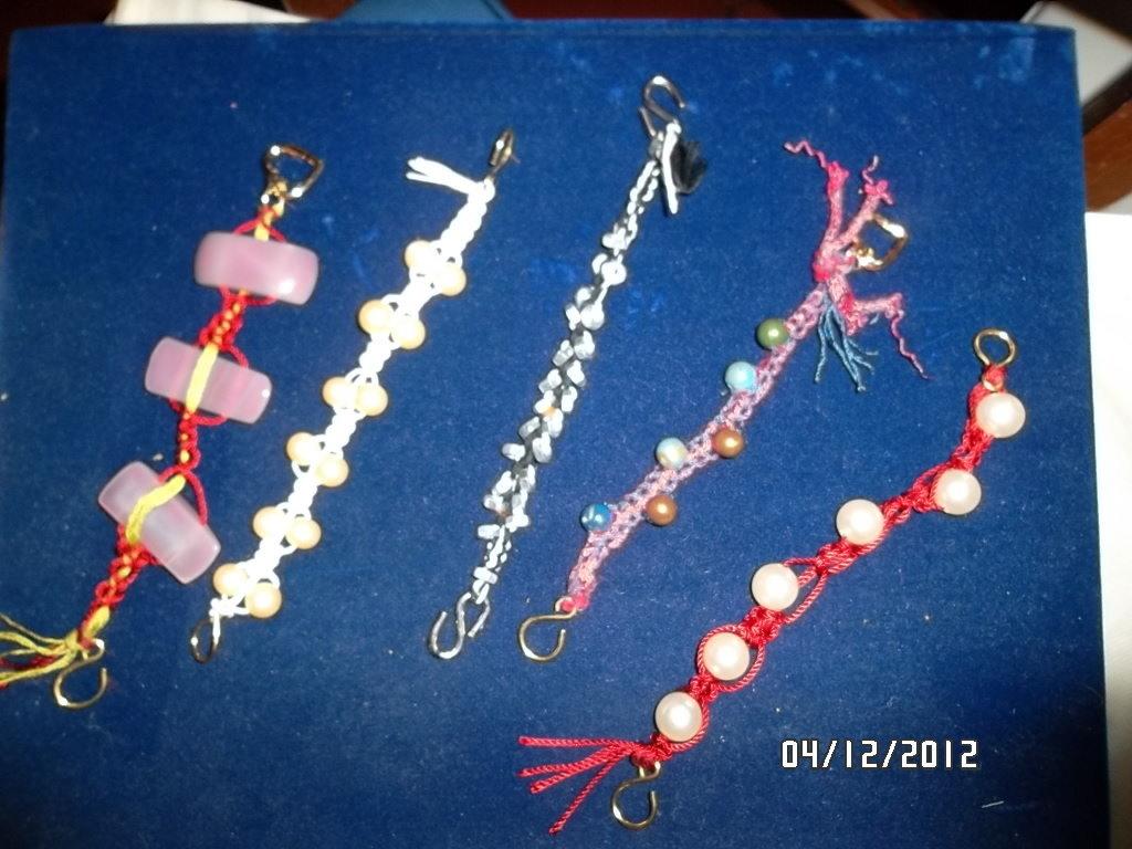 braccialetti e collane