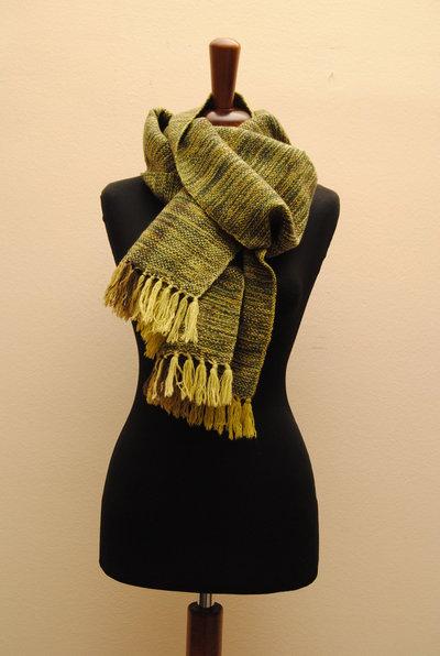 Sciarpa tessuta con telaio a mano in pura lana e cashmere verde e marrone TERRA VERDE-  Capo unico.