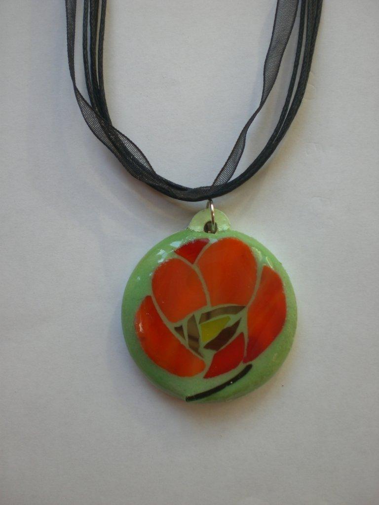 Ciondolo mosaico papavero