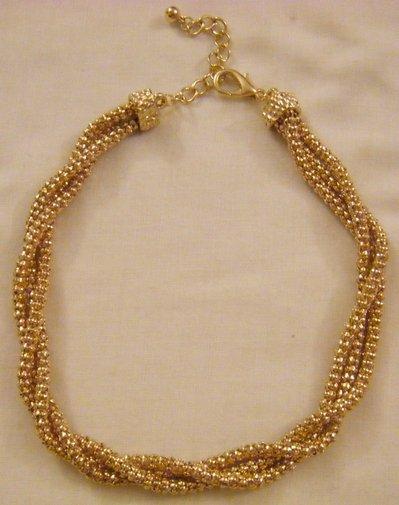 collana girocollo in metallo dorato