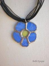 Ciondolo fiore vetro azzurro