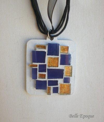 Ciondolo mosaico di vetro viola e oro