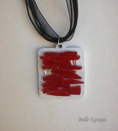 Ciondolo mosaico di vetro rosso