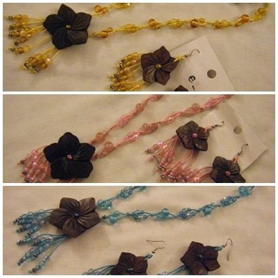 completo collana e orecchini con doppio cordino ,perline e ciondolo in legno
