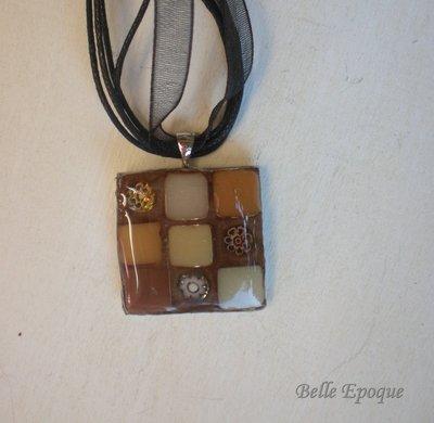 Ciondolo quadrato in mosaico di vetro
