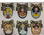 Lotto 6 cammei color bronzo decorati con bamboline in fimo