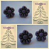 orecchini  a lobo   fiore cinque petali in fimo viola fatto a mano