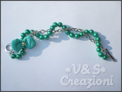 Bracciale filo di perle verde
