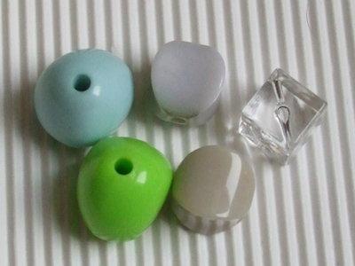 5 maxi perle irregolari
