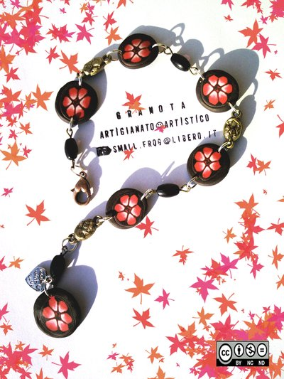 "Bracciale ""Red flowers"""
