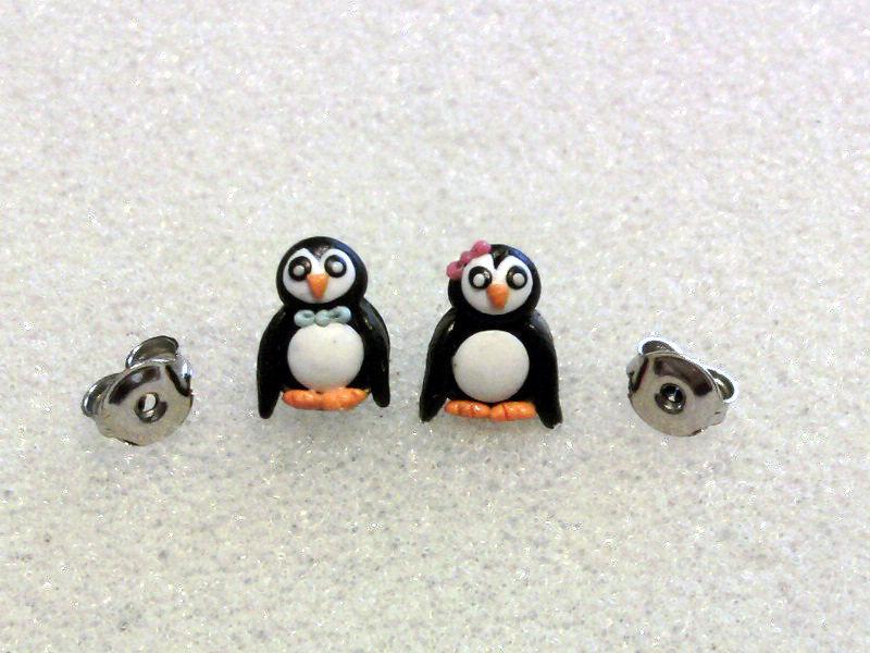 Orecchini a lobo con pinguini fimo
