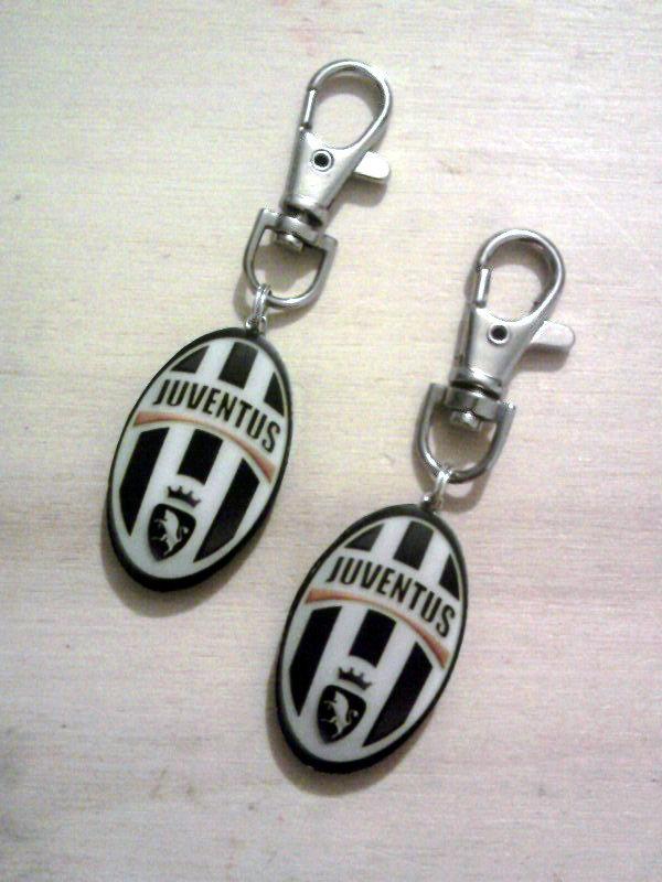 Portachiavi con stemma Juventus fimo