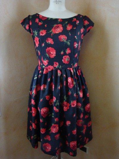 Vestito tg. 42 fantasia fiore rosso-nero