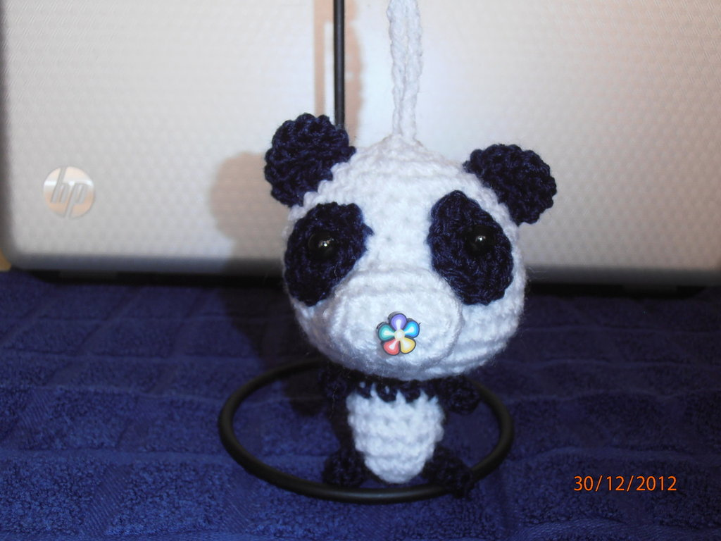 Amigurumi Panda Portachiavi.