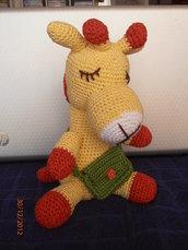 Amigurumi Grande Giraffa gialla e rossa